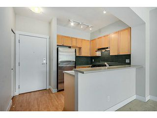 Photo 3: 219 2280 WESBROOK Mall in Vancouver: University VW Condo for sale (Vancouver West)  : MLS®# V1068936
