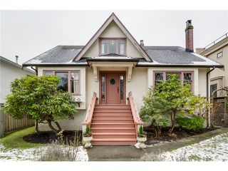 "Photo 2: 3866 W 15TH Avenue in Vancouver: Point Grey House for sale in ""Point Grey"" (Vancouver West)  : MLS®# V1096152"