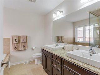 Photo 3: 18 Mercedes Road in Brampton: Northwest Brampton House (2-Storey) for sale : MLS®# W3182521