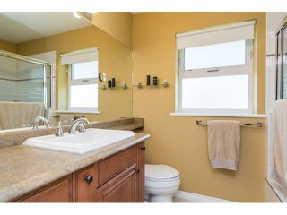 """Photo 12: 9734 206TH Street in Langley: Walnut Grove House for sale in """"Derby Hills"""" : MLS®# F1441883"""