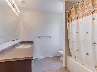 Photo 3: 53 Bleasdale Avenue in Brampton: Northwest Brampton House (2-Storey) for sale : MLS®# W3234770