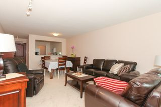 "Photo 3: 706 7380 ELMBRIDGE Way in Richmond: Brighouse Condo for sale in ""BRIGHOUSE"" : MLS®# R2000358"