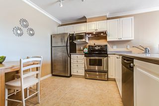 "Photo 3: 404 22230 NORTH Avenue in Maple Ridge: West Central Condo for sale in ""SOUTHRIDGE TERRACE"" : MLS®# R2040890"