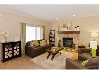 Photo 9: 109 ROYAL OAK Place NW in Calgary: Royal Oak House for sale : MLS®# C4055775