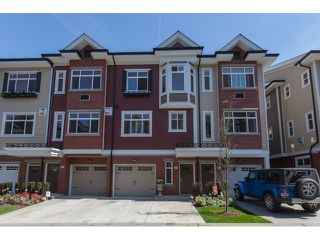 """Main Photo: 88 8068 207 Street in Langley: Willoughby Heights Townhouse for sale in """"YORKSON CREEK SOUTH"""" : MLS®# R2060158"""