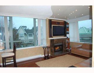 Photo 2: 303 6622 SOUTHOAKS Crescent: Highgate Home for sale ()  : MLS®# V798418