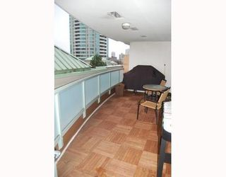 Photo 10: 303 6622 SOUTHOAKS Crescent: Highgate Home for sale ()  : MLS®# V798418