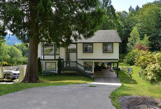Main Photo: 6037 PARKVIEW Place in Sechelt: Sechelt District House for sale (Sunshine Coast)  : MLS®# R2099230