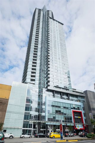 "Photo 10: 1402 833 SEYMOUR Street in Vancouver: Downtown VW Condo for sale in ""The Capitol Residences"" (Vancouver West)  : MLS®# R2104625"