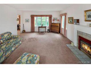 Photo 10: 1682 Beach Dr in VICTORIA: OB North Oak Bay Single Family Detached for sale (Oak Bay)  : MLS®# 751401