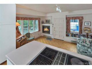 Photo 12: 1682 Beach Dr in VICTORIA: OB North Oak Bay Single Family Detached for sale (Oak Bay)  : MLS®# 751401