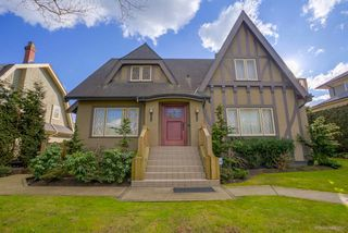 Photo 1: 1336 W KING EDWARD Avenue in Vancouver: Shaughnessy House for sale (Vancouver West)  : MLS®# R2141962
