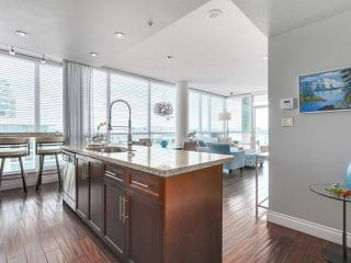 """Photo 7: 1402 138 E ESPLANADE in North Vancouver: Lower Lonsdale Condo for sale in """"PREMIER AT THE PIER"""" : MLS®# R2161323"""