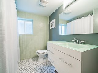 Photo 12: 1218 E 14TH Avenue in Vancouver: Mount Pleasant VE House for sale (Vancouver East)  : MLS®# R2164714