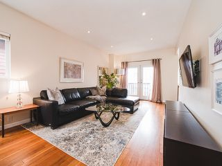 Photo 3: 1218 E 14TH Avenue in Vancouver: Mount Pleasant VE House for sale (Vancouver East)  : MLS®# R2164714