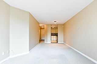"Photo 8: 205 7117 ANTRIM Avenue in Burnaby: Metrotown Condo for sale in ""Antrim Oaks"" (Burnaby South)  : MLS®# R2166354"