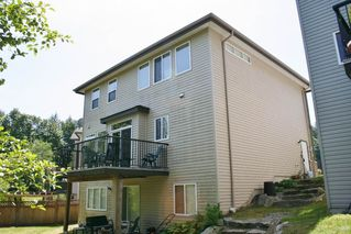 "Photo 3: 15 33925 ARAKI Court in Mission: Mission BC House for sale in ""ABBEY MEADOWS"" : MLS®# R2174913"