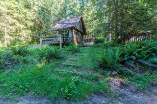 "Photo 8: 106 7101 SAKINAW WOODS Drive in Pender Harbour: Pender Harbour Egmont Land for sale in ""Sakinaw Lake"" (Sunshine Coast)  : MLS®# R2188043"