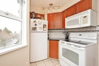 "Photo 6: 401 3008 WILLOW Street in Vancouver: Fairview VW Condo for sale in ""WILLOW PLACE"" (Vancouver West)  : MLS®# R2191329"