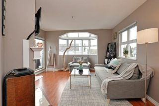 "Photo 3: 401 3008 WILLOW Street in Vancouver: Fairview VW Condo for sale in ""WILLOW PLACE"" (Vancouver West)  : MLS®# R2191329"