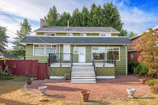 Photo 3: 2181 E 50TH Avenue in Vancouver: Killarney VE House for sale (Vancouver East)  : MLS®# R2208660