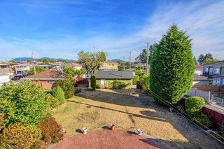 Photo 4: 2181 E 50TH Avenue in Vancouver: Killarney VE House for sale (Vancouver East)  : MLS®# R2208660