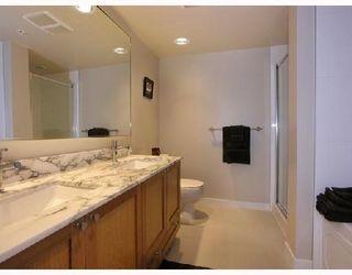 Photo 11: 703 7088 SALISBURY AVENUE in Burnaby: Highgate Condo for sale (Burnaby South)  : MLS®# R2209667