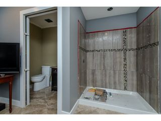 Photo 13: 31399 WINTON Avenue in Abbotsford: Poplar House for sale : MLS®# R2215810
