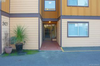 Photo 2: 103 2427 Amherst Avenue in SIDNEY: Si Sidney North-East Condo Apartment for sale (Sidney)  : MLS®# 386456