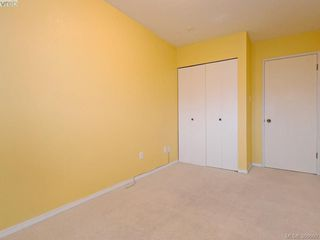 Photo 10: 307 2022 Foul Bay Road in VICTORIA: Vi Jubilee Condo Apartment for sale (Victoria)  : MLS®# 386660