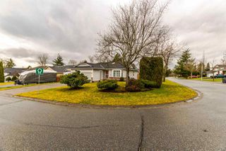 Photo 1: 8461 154A Street in Surrey: Fleetwood Tynehead House for sale : MLS®# R2234591