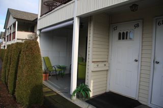 Photo 2: 57 32959 George Ferguson Way in Abbotsford: Townhouse for sale