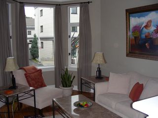 Photo 2: 24 Waverley Street in Ottawa: Golden Triangle House for rent