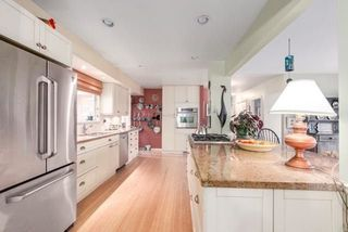 Photo 5: 609 BAYCREST Drive in North Vancouver: Dollarton House for sale : MLS®# R2242916