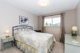 Photo 9: 3345 HENRY STREET in Port Moody: Port Moody Centre House for sale : MLS®# R2176365