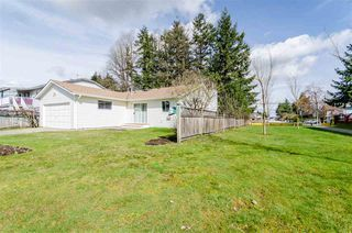 Photo 4: 9017 156 Street in Surrey: Fleetwood Tynehead House for sale : MLS®# R2252391