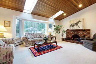 Photo 2: 3295 BERMON Place in North Vancouver: Lynn Valley House for sale : MLS®# R2256344