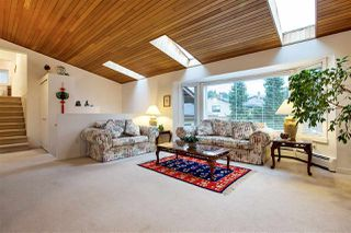 Photo 3: 3295 BERMON Place in North Vancouver: Lynn Valley House for sale : MLS®# R2256344