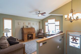 Photo 2: 39 Treasure Cove in Winnipeg: Island Lakes Residential for sale (2J)  : MLS®# 1814597