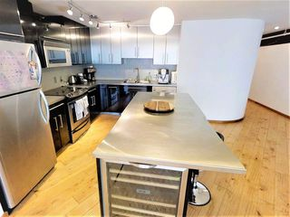 "Photo 1: 5-4 550 BEATTY Street in Vancouver: Downtown VW Condo for sale in ""Downtown VW"" (Vancouver West)  : MLS®# R2279256"