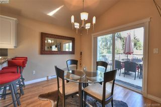 Photo 9: 1006 Isabell Ave in VICTORIA: La Walfred House for sale (Langford)  : MLS®# 799932