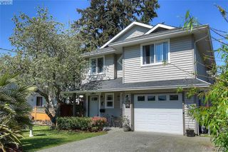 Photo 2: 1006 Isabell Ave in VICTORIA: La Walfred House for sale (Langford)  : MLS®# 799932