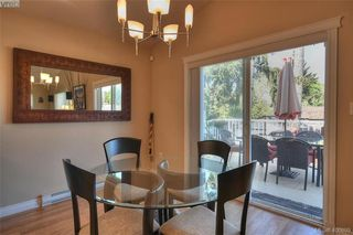 Photo 8: 1006 Isabell Avenue in VICTORIA: La Walfred Single Family Detached for sale (Langford)  : MLS®# 400899