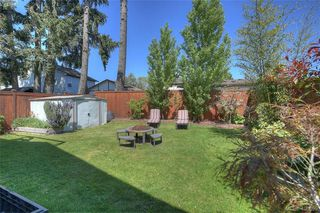 Photo 25: 1006 Isabell Avenue in VICTORIA: La Walfred Single Family Detached for sale (Langford)  : MLS®# 400899