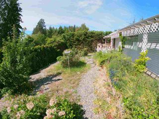 Photo 8: 5702 MEDUSA Street in Sechelt: Sechelt District House for sale (Sunshine Coast)  : MLS®# R2323721