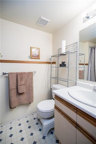 Photo 18: 1103 Kildare Avenue East in Winnipeg: Canterbury Park Residential for sale (3M)  : MLS®# 1831283
