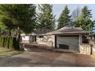 Main Photo: 6223 180 Street in Surrey: Cloverdale BC House for sale (Cloverdale)  : MLS®# R2328177