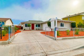Photo 2: NATIONAL CITY House for sale : 3 bedrooms : 2518 E Division Street in San Diego
