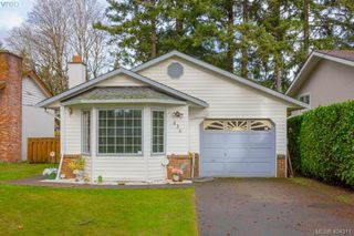 Photo 1: 436 Tipton Avenue in VICTORIA: Co Wishart South Single Family Detached for sale (Colwood)  : MLS®# 404311