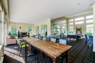 "Photo 15: 302 15385 101A Avenue in Surrey: Guildford Condo for sale in ""Charlton Park"" (North Surrey)  : MLS®# R2328972"